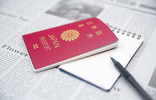 パスポートを作るとお金はいくらかかる?更新の料金はどれくらい?