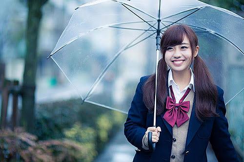 台湾では突然の雨が降るので折り畳み傘があると助かります。
