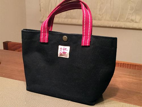 合成帆布行は、台南の帆布バッグの中で一番おしゃれで品質が良い