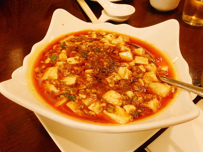 四川呉抄手の麻婆豆腐