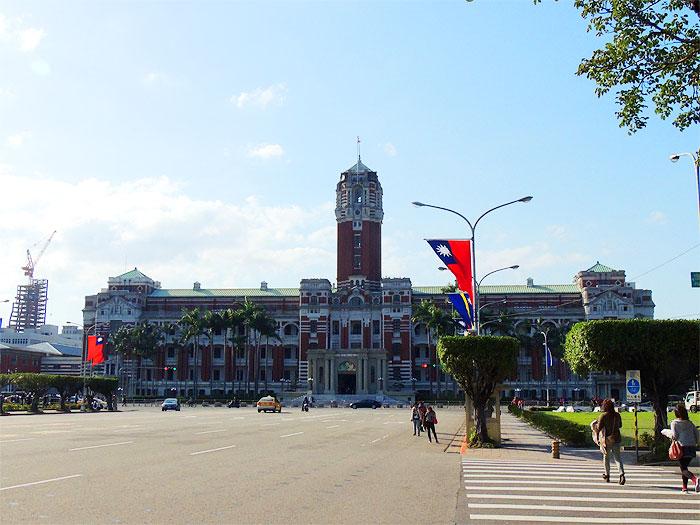 月に一度の開放日に台湾の総統府に行ってきた。