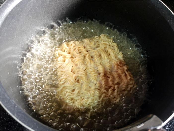 麺が小さくてびっくりです