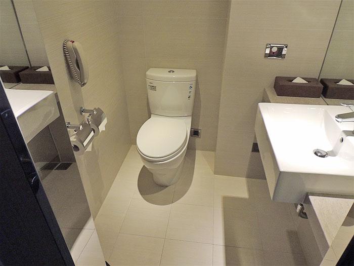 台湾のホテルのトイレ