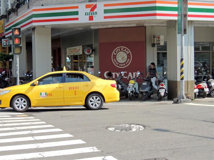 台湾でタクシーを利用するときに注意するポイント【基本は安全です】