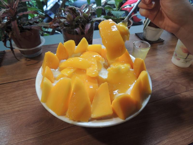 ゴーマンマンゴーのマンゴーファン。厚切りのマンゴーは濃厚でうまい!