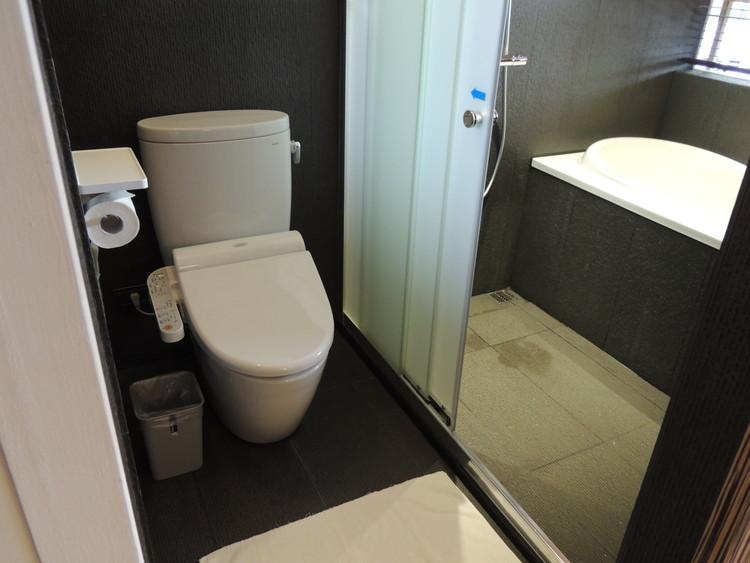トイレとシャワー・バスルームが分かれていました。