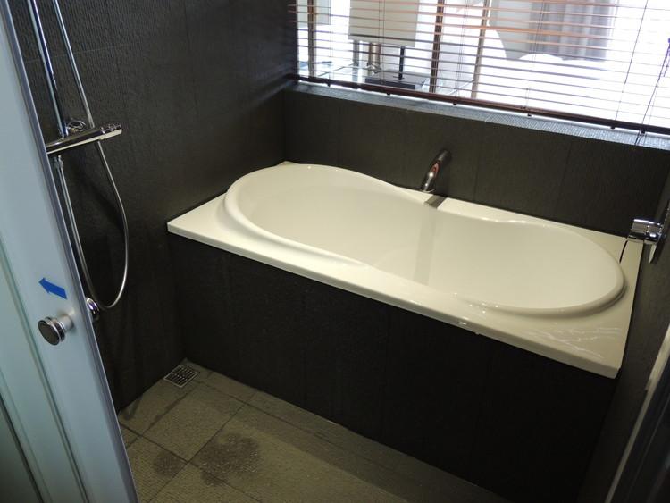 バスルームは広めなのでゆったりお風呂にはいれました。