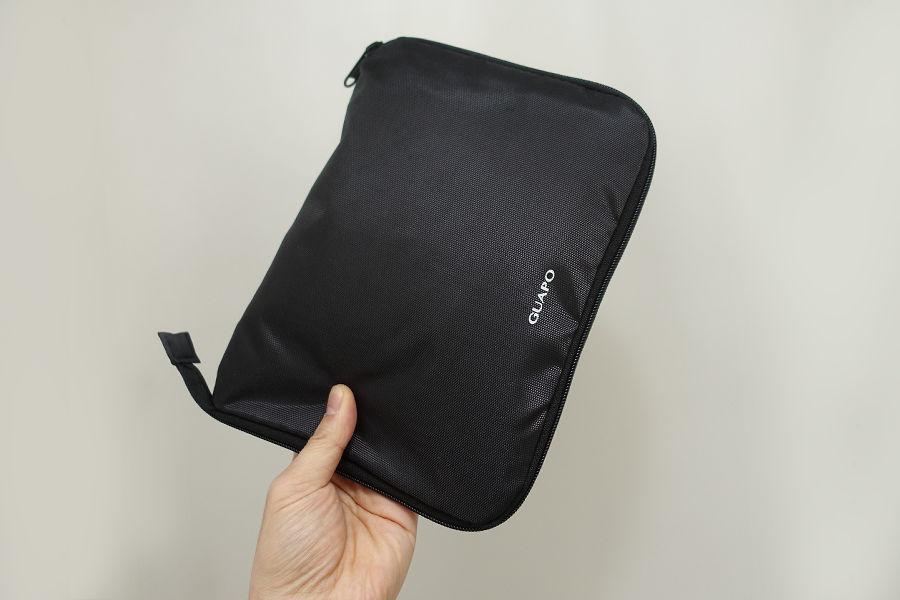 GUAPOのエコバッグ。折りたたむとこんなにコンパクトに。